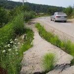 IN-CRE-DI-BIL!!  La numai 3 ani de la asfaltare, Drumul Slătiniței se duce la vale! Costurile de re-modernizare sunt COLOSALE și se apropie de 1 milon de euro!!!