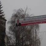 """Uite cum își fac unii imagine din bani publici: au pus bannere în tot orașul cu """"Moș Crăciun"""" Radu Moldovan!"""