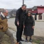 Mai știți promisiunea cu asfalt spre Sângeorz? Dar cu asfalt spre Năsăud? SIGUR că NU se fac  în mandatul său, dar Radu Moldovan a găsit vinovatul: ministrul Cioloș și tehnocrații! Pe bune?