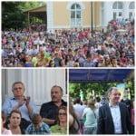 Campanie MASCATĂ, finanțată din bani publici! Dorel Cosma a mutat Festivalul de Rusalii să-i facă moftul lui Crețu, în campanie! Radu Moldovan a plătit Gașca Zurli pentru a-i atinge la vot pe părinți! Urmează Akcent și Pepe!