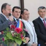 Diplome de partid! După ce Nicu l-a făcut pe Radu Moldovan cetățean de onoare al Becleanului, Crețu a devenit cel mai bun din țară pe o diplomă de partid, ACUM Paul Știr ia diploma de cel mai VOTAT primar din județ!