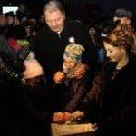 """BOLNAVI de putere! De 1 Decembrie, Radu Moldovan a aprins luminițele """"pe zona lui"""", iar Crețu le aprinde pe cele de pe Pietonal (100 de metri mai încolo) abia pe luni, când vine din concediu!"""