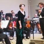 VIDEO: Soprana Anita Hartig, într-un spectacol de zile mari la ea acasă!