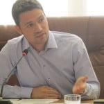 INTERVIU: Robert Sighiartău o dă la pace și NU-i dă replici șefului Ioan Oltean! Ce zice deputatul despre alegerile interne și planul de bătaie pe termen scurt!