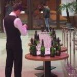 """VIDEO: """"Lumea bună"""" a Bistriței, la șampanie-pomană de la Radu Moldovan! Crețu a dat mocăciune de Bobotează, la Casa de Cultură!"""
