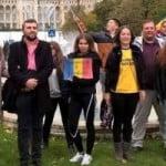 """Din Bistrița, Florin Bojor """"face pod de flori peste Prut!"""" Manifestație culturală în Parcul Eroilor pentru pământ românesc : cântece patriotice, poezii și mesaje de prietenie de Ziua Unirii cu Basarabia!"""