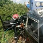 VIDEO GROAZNIC: Accident la Viișoara, la trecerea de cale ferată! 3 morți și 2 răniți! UPDATE: Răniții transportați la spital au DECEDAT ulterior. BILANȚ tragic: 5 MORȚI!