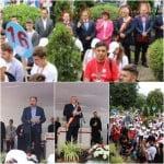 În deschiderea Întâlnirii Tinerilor Ortodocși, PSD-iștii au ținut discursuri inutile de pe scenă cu Mitropolitul!Au cuvântat: Radu Moldovan, Ovidiu Crețu, Ovidiu Frenț și Sandu Pugna! De unul singur, părintele Necula a așteptat o oră în fața Sălii Polivalente și întreg programul s-a DECALAT!