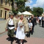 """FOTO: Emil din Carpați și Lidia s-au căsătorit pe stil TRACIC! Nuntă vânătorească, cum """"n-a fost la nimenea!"""""""