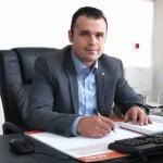 Consilierul local Mircea Archiudean propune înlocuirea acoperișurilor de azbociment ale blocurilor