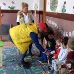 """FOTO: Proiectul Clubului Lions Bistrița intitulat """"Copii frumoși cu dinți sănătoși"""" a reînceput"""