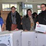 FOTO: Cum și-a recompensat Leoni angajații? Ce cadouri au primit circa 80 de angajați de Moș Nicolae?