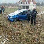 FOTO: Două persoane au ajuns la spital după ce au fost victimele unui accident rutier petrecut pe DN 17D