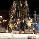 Nicole Cherry i-a încălzit pe bistrițeni și a cântat în noaptea de Ignat, pe scena mică de la Târgul de Crăciun!