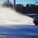 FOTO/VIDEO: Pregătiți-vă schiurile! Tunurile pentru producerea zăpezii artificiale au fost puse în funcțiune și autoritățile speră că în curând se va schia în Wonderland