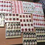 FOTO: Mărțișoare expuse la vânzare în orașul Beclean, confiscate de jandarmi