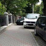 Bistrițenii sunt deciși să protesteze chiar în fața casei primarului Ovidiu Crețu, nemulțumiți de locurile de parcare