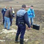 FOTO: Descoperire macabră pe raza comunei Urmeniș. Trupul unui bărbat a fost găsit într-o fântână