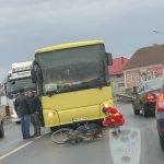 FOTO: Un biciclist a fost lovit de un autobuz în Unirea