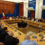 FOTO: Parlamentarii bistrițeni, faţă în faţă cu primarii comunelor din Bistriţa-Năsăud