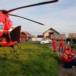 Tânăr de 26 de ani, lovit de o mașină, preluat de elicopterul SMURD