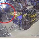 VIDEO: Au ciordit din magazin! Vezi cum au jefuit un magazin din cartierul social Viișoara! În timp ce vânzătoarele erau la serviciu!