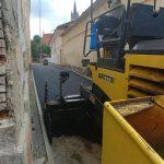 FOTO: De săptămâna viitoare, Pasajul III va fi deschis circulației auto. Lucrările sunt în toi, se toarnă un nou strat de asfalt în zonă
