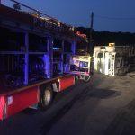 FOTO: Un camion s-a răsturnat pe DN 15A, la Herina