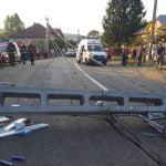 FOTO: Patru victime, printre care și doi copii, în urma unui accident rutier produs pe DJ 151, în Blăjenii de Sus