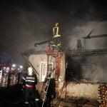 FOTO: Puternic incendiu în localitatea Mijlocenii Bârgăului