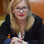 """Cristina Iurișniți vrea să introducă obligatoriu """" Educaţia pentru sănătate sexuală!"""" Zice că astfel ar fi mai puține sarcini nedorite!"""