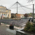 FOTO: Lucrări în toi pentru amenajarea patinoarului din fața Palatului Culturii