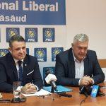 """Ce zice șeful PNL despre candidatul la Consiliul Județean:  """"sondaj de opinie pe notorietate și încredere!"""" Pentru bătălia cu Radu Moldovan l-a dat exemplu pe Silași, care e primar de 850 de voturi în comuna Chiochiș!"""