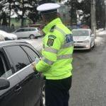 FOTO: Ce au primit șoferii care au fost trași pe dreapta de polițiști?