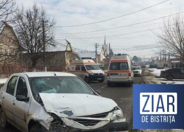 https://www.ziardebistrita.ro/foto-doua-autoturisme-implicate-intr-un-accident-produs-in-localitatea-sieu/